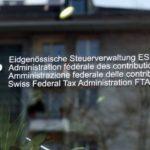 L'administration fédérale des contributions et les fiscs cantonaux devraient être dotés d'une base légale pour envoyer et recevoir en ligne toutes les données qu'ils traitent. (Source: La Nouvelliste)
